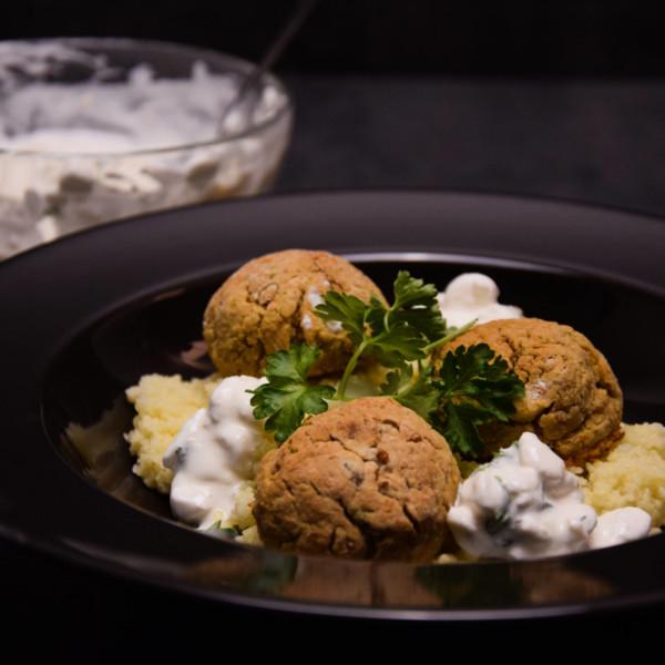 Pečený falafel s kuskusem – zdravý orient u vás doma