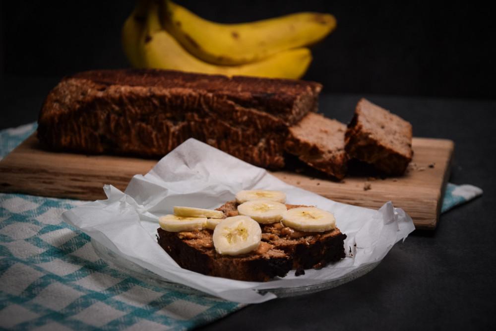 Zdravý banánový chlebíček s kokosem